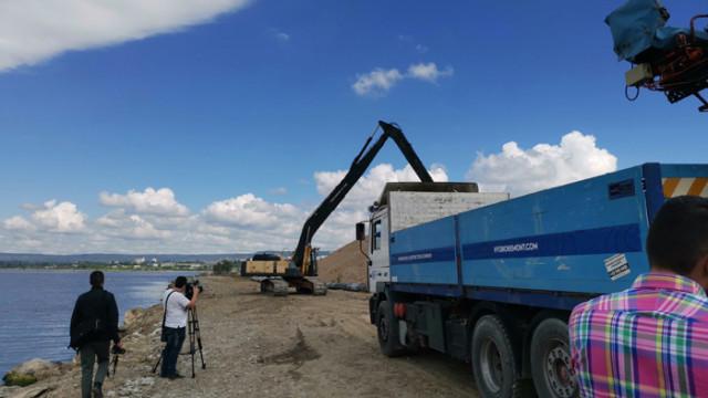 В ход са подводните дейности за полагане на новия тръбопровод във Варненското езеро
