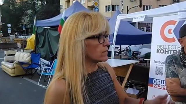 Съдът пусна Иванчева на лекар, тя се отби да подкрепи протеста на Орлов мост