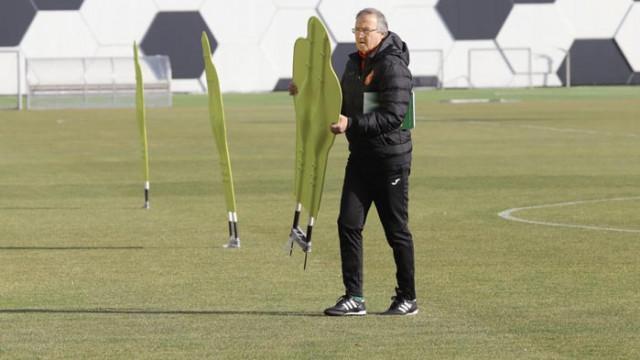 Дерменджиев обяви състава за мачовете с Ирландия и Уелс