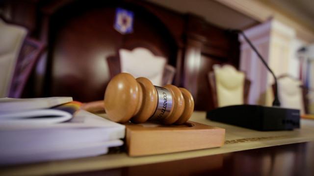Дадоха на съд 7 обвиняеми за разкрита нарколаборатория в Русенско