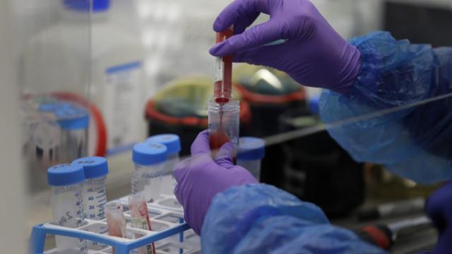 Великобритания одобри първото лекарство за лечение на COVID-19