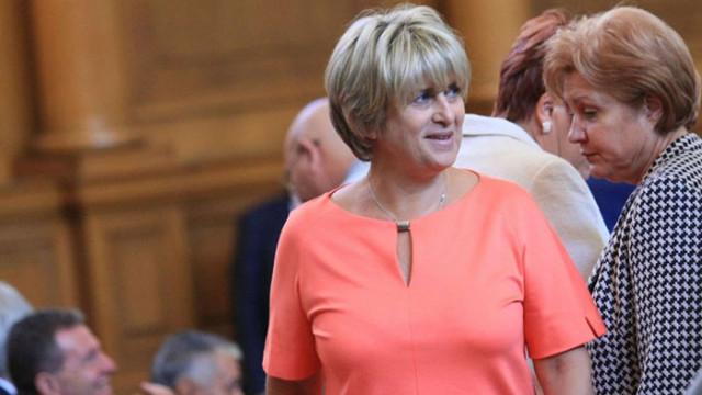 Весела Лечева: Все по-ясно става защо БСП изгуби 600 000 гласа