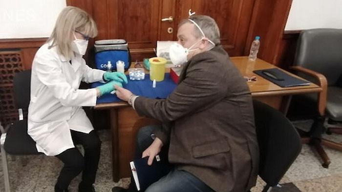 Рискът от заразяване с коронавирус е по-нисък при хората с