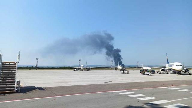 Пожар край варненското село Тополи, в близост до пречиствателната станция