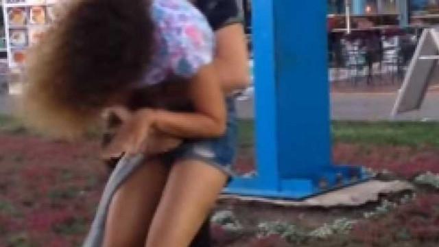 """Пияна туристка, задържана за нарушаване на обществения ред в к.к """"Златни пясъци"""", нападнала полицай"""