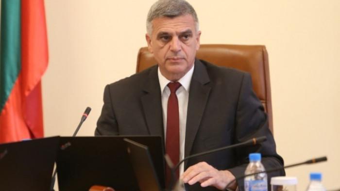 Премиерът Стефан Янев свиква днес в 19 часа спешна среща