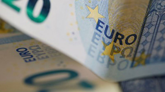 Крадци задигнаха валута за 710 000 лв. от апартамента на дупнишки бизнесмен