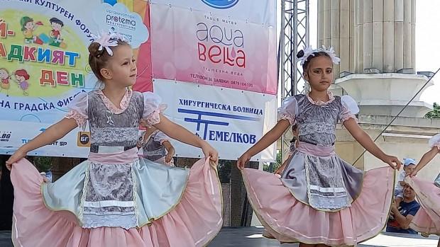 """""""Най-сладкият"""" ден подслади емоциите в навечерието на празника на Варна"""