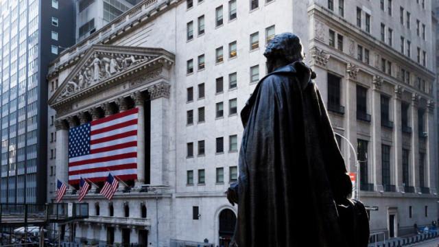 Американските акции спряха петдневното си покачване след слаби данни за ритейл продажбите в САЩ