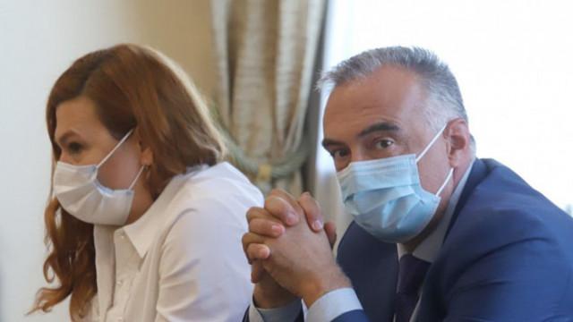 КПКОНПИ проверява предложената от Радев за член на СЕМ