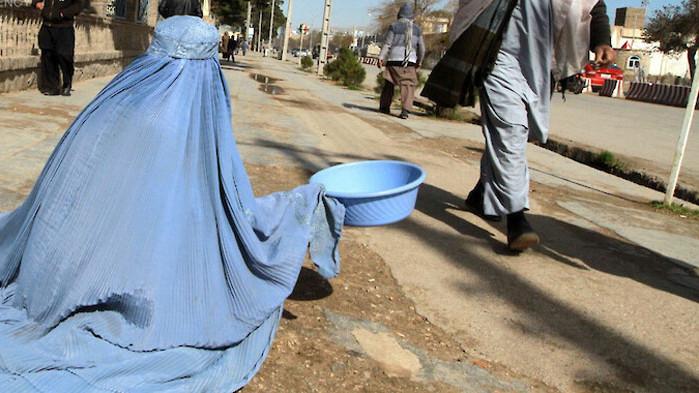 Над една трета от афганистанците са обречени на глад