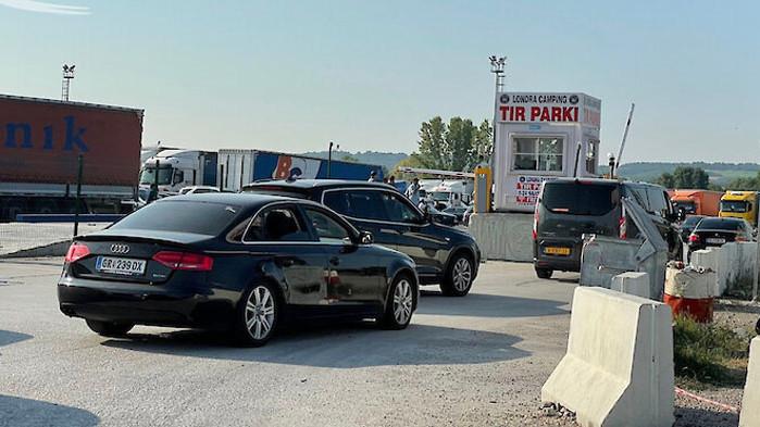 Километрична опашка за влизане в България на ГКПП-Капитан Андреево