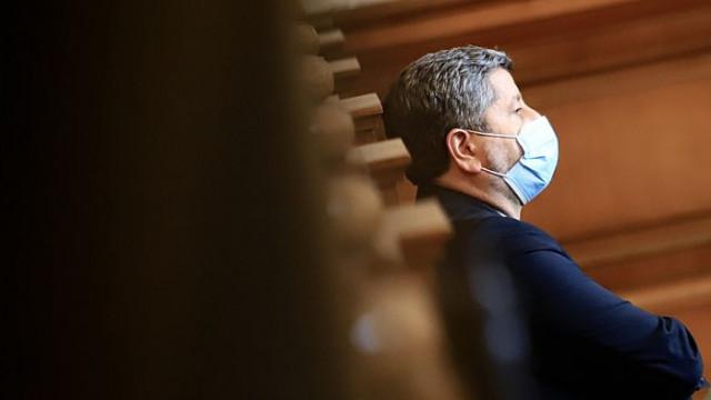 Журналистка: Изглежда Христо Иванов не счита за необходимо да се занимава с разглеждане на закони