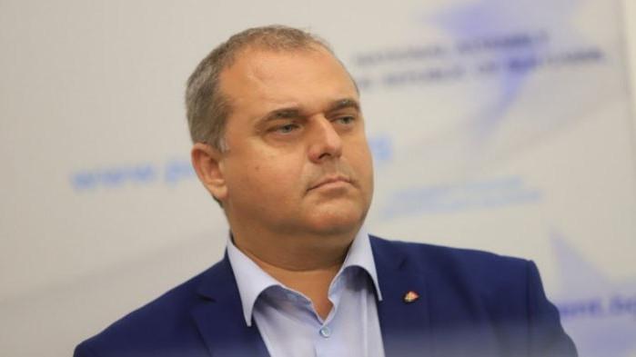 Искрен Веселинов за политическата обстановка: Децата на протеста се самоизяждат