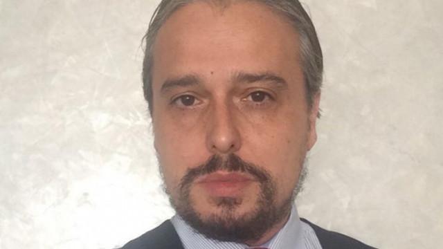 С бавенето на мандата Радев цели да намали конкуренцията срещу себе си