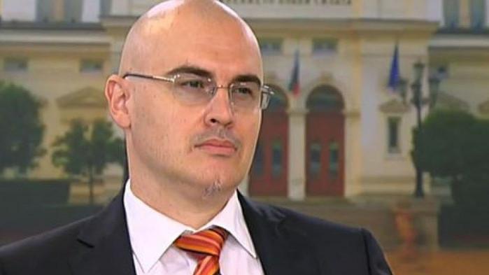 Йорданов разкри кой е пуснал сигнала за плагиатство срещу Петър Илиев