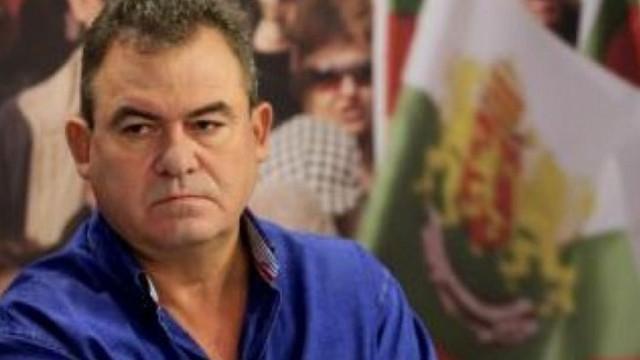 """Богомил Бонев: """"Гном и Нос"""" не преговарят официално с Нинова, но ходят тайно при Борисов"""