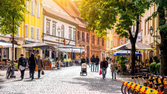 Как Литва успя да ядоса толкова Китай, че икономическите им отношения да са заплашени?