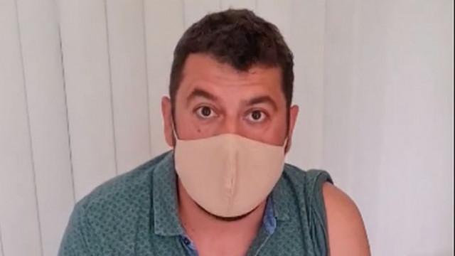 Евгени Будинов показа как се ваксинира: Служебното правителство на Радев е пълен провал