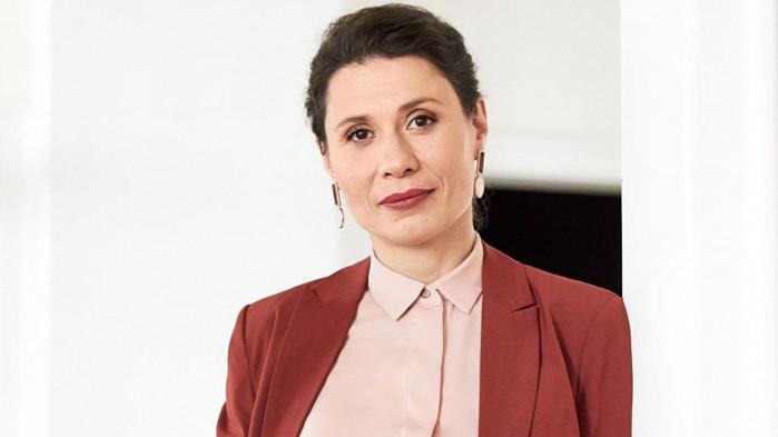 Белобрадова от ДБ: Гласувах БНТ да не излъчва заседанието на парламента