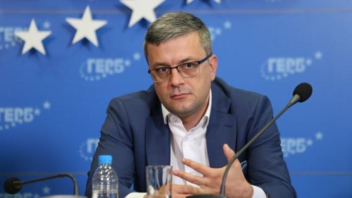 """Биков: Така наречените """"партии на промяната"""" постъпиха безотговорно към гражданите"""