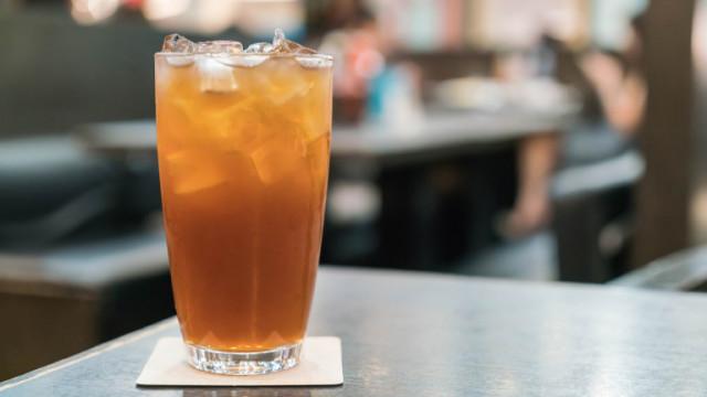 Какво съдържа коктейлът Long Island Iced Tea
