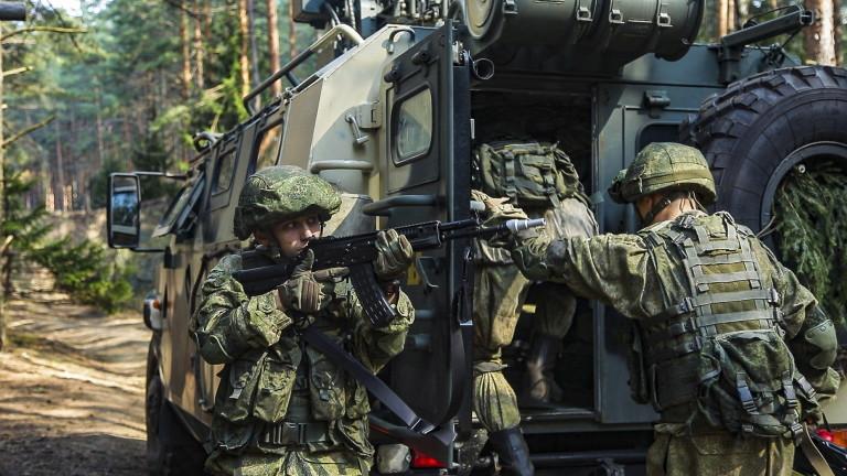 """Русия и Беларус започнаха """"горещата фаза"""" на огромните военни учения"""