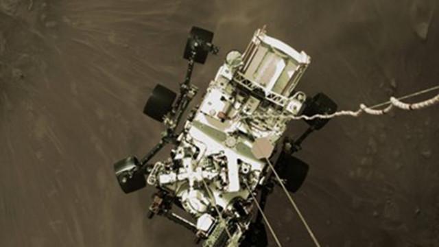 """Марсоходът """"Пърсивиърънс"""" взе втора скална проба"""
