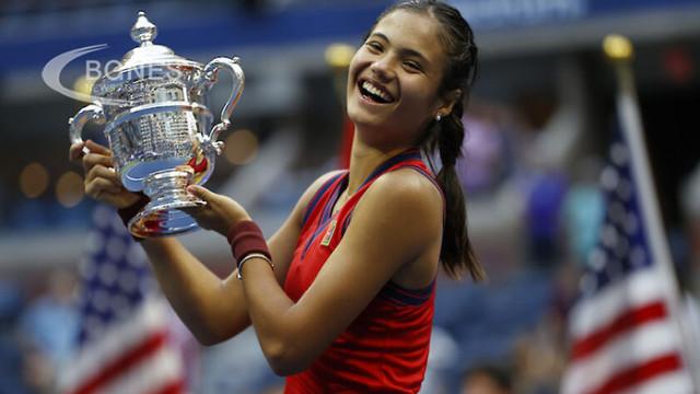 18-годишната британка Ема Радукану спечели US Open