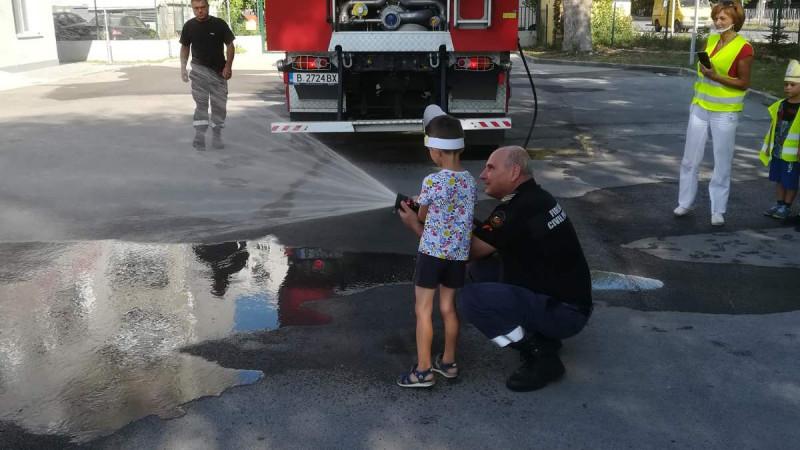 Започна Седмицата на пожарната безопасност във Варна и областта