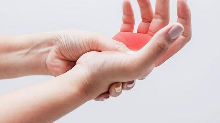 Изтръпването на ръцете говори за висок холестерол
