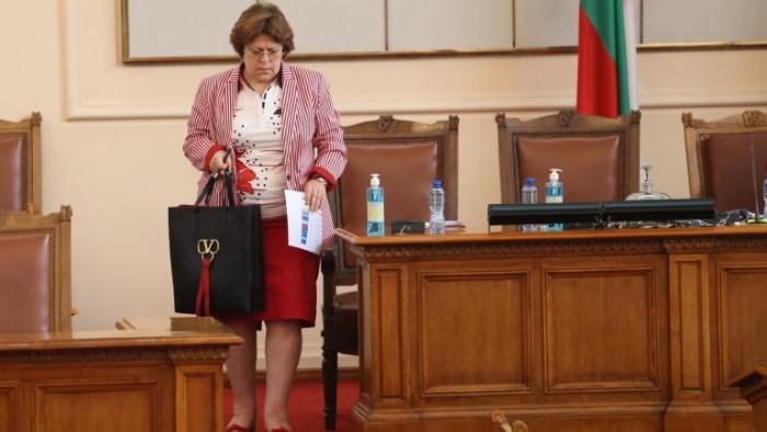 Дончева: Трифонов е слаб физически и психически, ИТН са орда комплексари