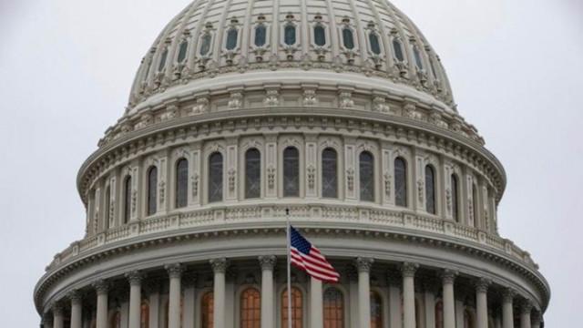 """Сенатори поискаха санкции срещу """"Северен поток 2"""", иначе ще блокират назначения на висши постове"""
