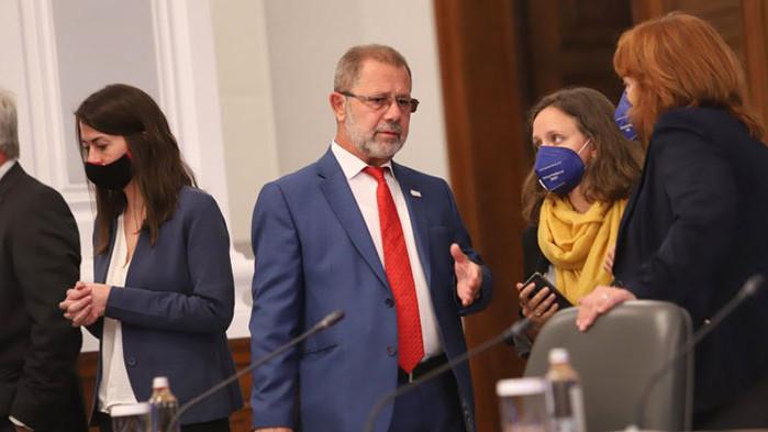 Няма теч на данни, увери Сергей Цветарски в парламентарната Комисия