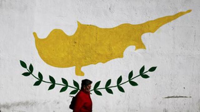 Свещениците в Кипър, които проповядват против ваксинацията, остават без заплати