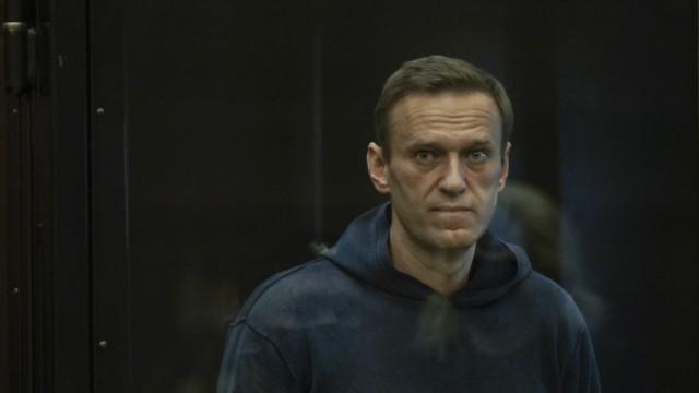 """Сподвижниците на Навални зоват руснаците да гласуват за комунистите срещу путинската """"Единна Русия"""""""