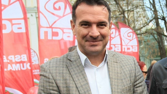Социалистът Крум Дончев: Радев ще ни забие нож в гърба, ако подкрепи проект на Петков и Василев