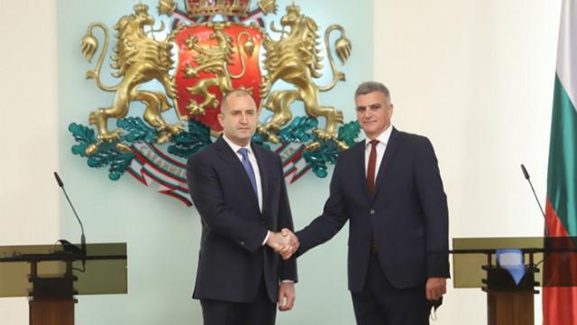 """Кабинетът """"Янев"""" 2 встъпи в длъжност. Без Петков и Василев"""