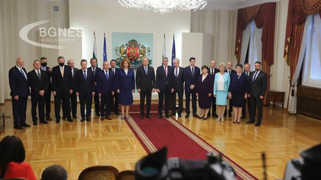 Румен Радев към служебните министри: Доказахте, че демократичното взаимодействие е възможно