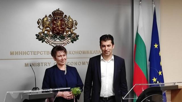 Кирил Петков и Асен Василев влизат официално в политиката, обсъдили го и с Радев