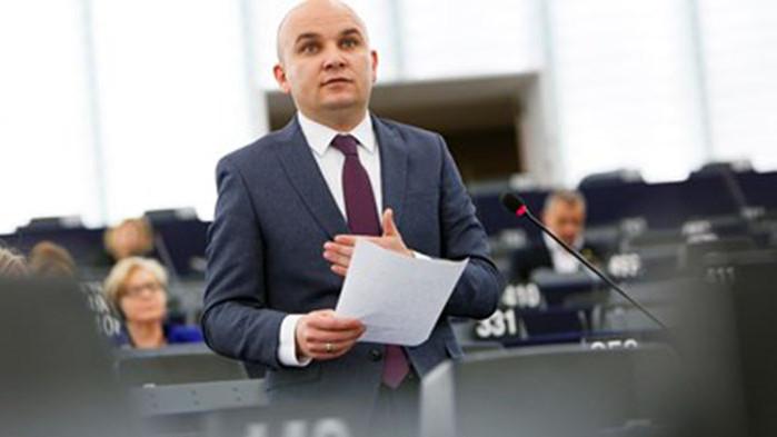 """Илхан Кючюк за санкциите """"Магнитски"""": САЩ са подведени от кръга """"Капитал"""""""