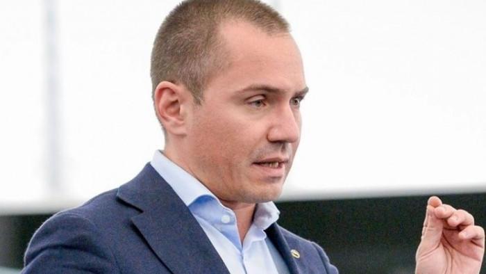Благодарение на Джамбазки ЕП не прие резолюция, която обричаше на смърт българското скотовъдство