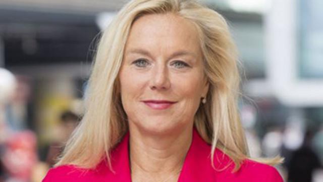 Министърка в Нидерландия напусна заради бежанци от Афганистан