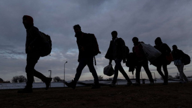 Привлякоха като обвиняеми 4-ма за участие в престъпна група за превоз на нелегални мигранти