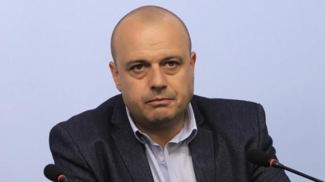 Проданов: Петков и Василев са говорили с наши членове, но хората на БСП са коректни