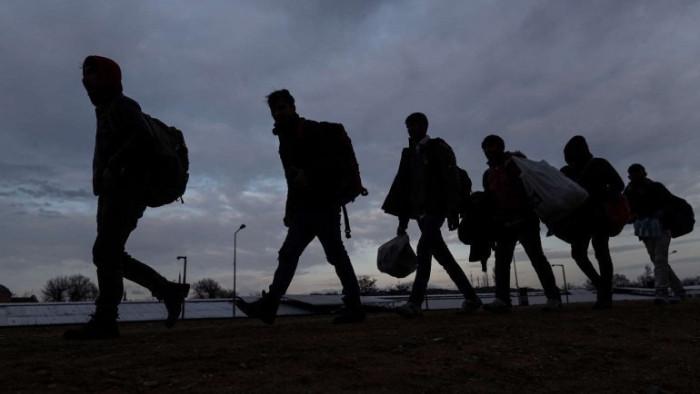 Разбиха група за трафик на мигранти