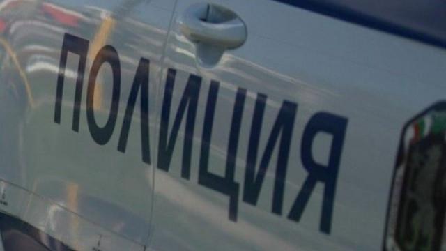 Среднощна гонка между полицията и две коли в Бургас
