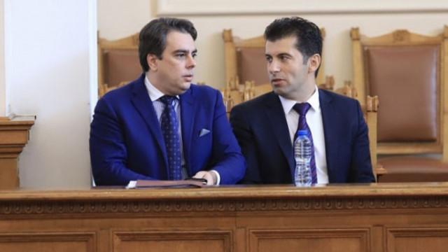 Марешки: Новата партия на Петков и Василев страда от политическа шизофрения
