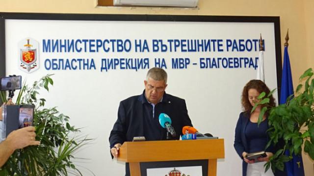 Двама са били задържани за кратко при полицейската акция в заведенията в Благоевград