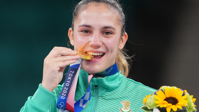 Златната ни медалистка от Олимпийските игри в Токио каратистката Ивет